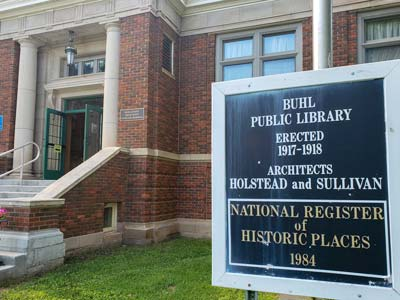 Exterior view of Buhl Public Library